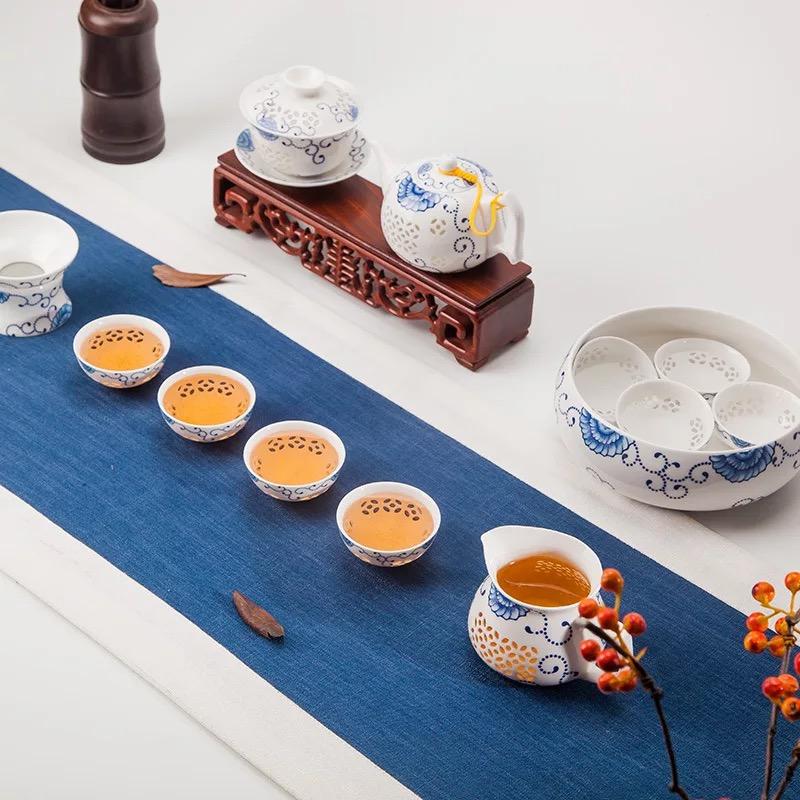 13头玲珑青花瓷功夫茶具