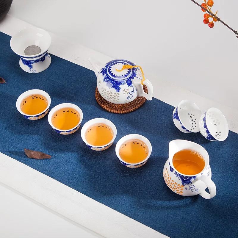 11头玲珑青花瓷茶具
