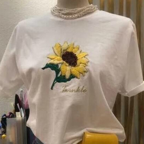 【梓灵】向日葵刺绣T恤女短袖2018新款白色宽松休闲打底衫上衣