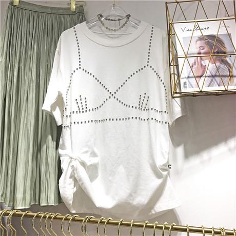 Korea东大门韩版2018时尚新款女装宽松显瘦圆领上衣纯色钉珠T恤潮