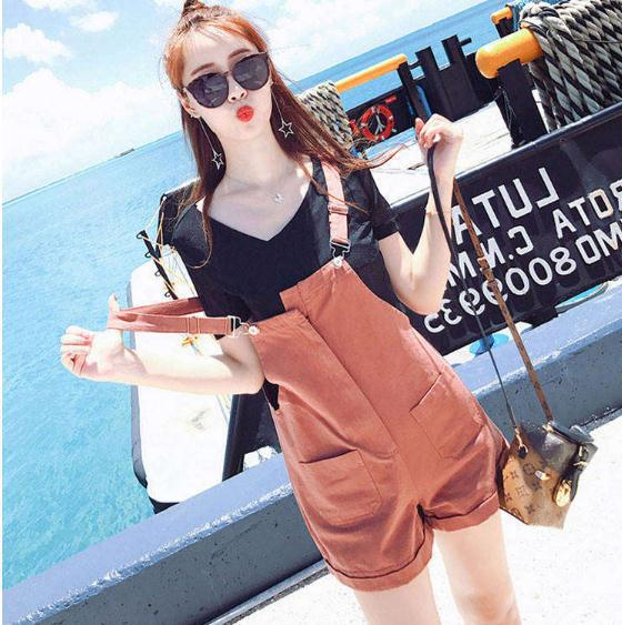 夏季新款韩版显瘦V领休闲阔腿背带短裤女短袖吊带两件套装潮ins