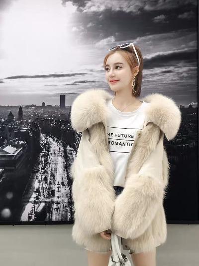 派克服2018新款女 两面穿进口狐狸毛内胆皮草外套短款派克大衣女