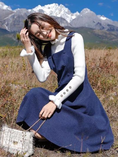 很仙的连衣裙修身两件套女秋冬背带裙子赫本风有女人味的套装长裙